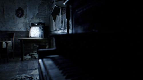 Videokassetten im Spiel erzählen die Vorgeschichte des Horrorhauses. / Quelle: © Capcom
